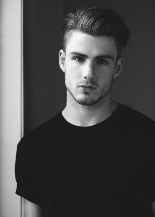Information Classic Gents Hairstyle - Undercut hairstyle london